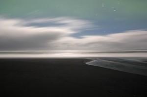 Vík beach at night